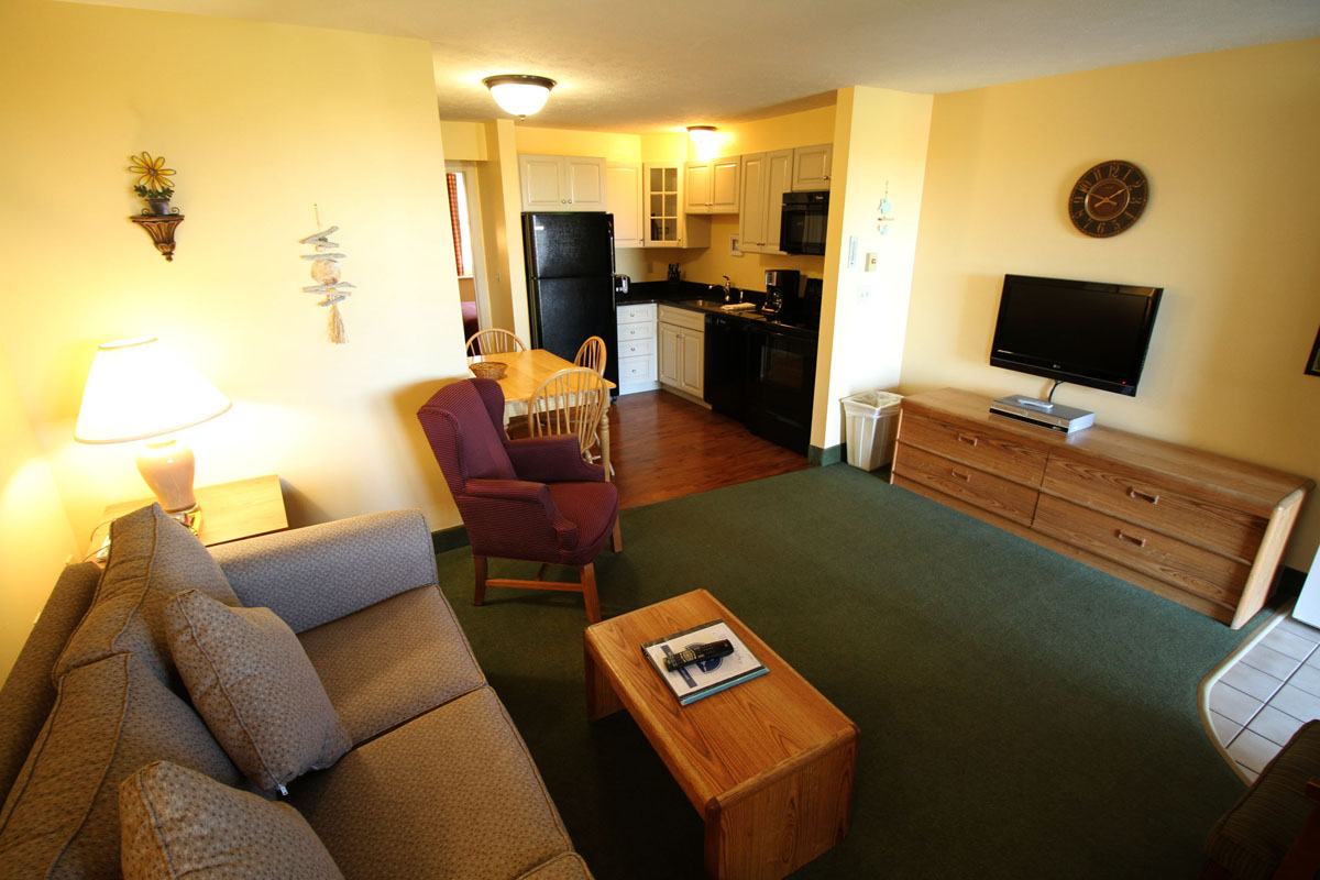 One And Two Bedroom Condominium Suites Misty Harbor